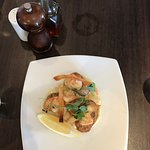 Great food and service. The Cornish scallops (starter) and crayfish and mussels linguine were pa