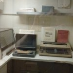 """Old """"Apple LISA"""" and a typewriter"""