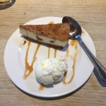 Caramelised biscuit Cheesecake with ice cream