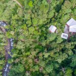 Love Nature? We are 4k from town surrounded by forest on the banks of the Mindo River