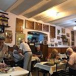 Cena en el mejor ambiente de Rosario: sencillo y sin estridencias, con carácter y sin falsedad