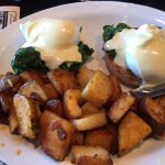 Eggs, spinach and homefries