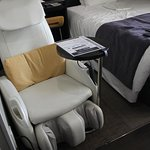 Good massage chair (even if it is on the small side for a westerner)