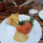 Gravad Lax with butter toast
