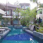 Chambres avec accès direct à la piscine