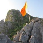 Photo de Tham Phu Kham Cave and Blue Lagoon