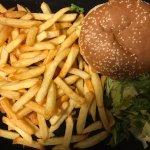 Savoyard Burger (by andrelmsantos)