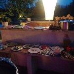 Alles ist für die Paella vorbereitet