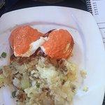 Ṭomaṭina and 3 egg omelette