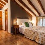 Photo of Petit Hotel Alaro