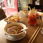 Sun Lat Tong, Hot and Sour soup