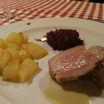 Guancetta di maiale brasata, deliziosa, la consiglio