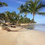 100-200 metar från hotelets eget strandområden kan man vara helt ensam