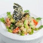 Перуанский Салат из киноа с авокадо,помидорами и baby кукурузой (Фитнес меню)