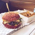 burger provençal au pain rouge