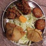 antipastino vegetariano con verdure fritte (c'è anche quello con il pollo)