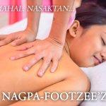 A customer getting a massage at Footzee'z