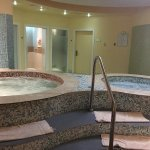 Spa - hot and cold plunge pools