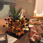 Delizie...piatti,crostini,aperitivi e vini!!