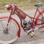 ma dernière restauration, une Aquila st étienne 1952 moteur VAP G 49 cc 2 vitesses