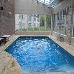 piscina cubierta en el sector del spa