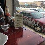 Buen lunch en este lugar, servicio agradable