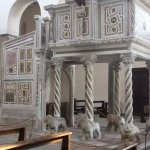 The pulpit with 6 lions