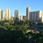 Foto de Luana Waikiki Hotel & Suites