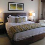 Ritz Carlton - Dove Mountain - Third Floor King room - King bed