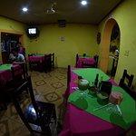 Foto de Restaurant Oassis Familiar Y Pizzeria