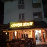 Photo de Manee Guest House