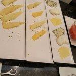 Detalle presentación quesos en desayuno