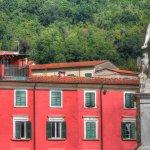 Carrara nei pressi del ristorante Roma