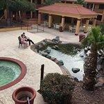 Photo de American Inn & Suites Mesa
