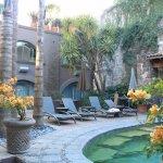 Foto de El Meson Hotel