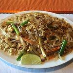 Foto de Aroy-D Thai Restaurant