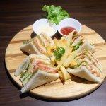 ภาพถ่ายของ V Cafe And Restaurant
