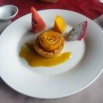 Final part of the set(dessert). Mango pie