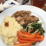 Tuna with peppers onions sea greens & mashed potatos