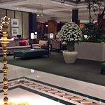 Le lobby de l'hotel Taj West End qui abrite le Masala Klub