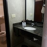Foto de Drury Inn & Suites Greensboro