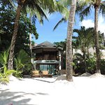 The Greenhouse (Boracay Beach House) Photo