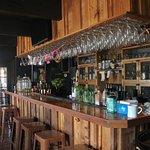 Sitdown/Service Bar