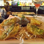 Avocado egg rolls With Tamarind-Cashew Dipping Sauce