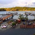 Photo de Snug Harbor Resort & Marina