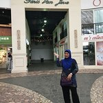 Today we went to Paris Van Java Mall. we didnt bought alot of things here but it definitely a go
