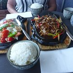 Seafood & Sizzling Beef + Boliled Rice