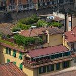 L'hôtel avec sa terrasse