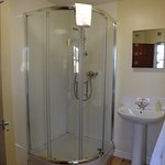 Classic family Room with en suite walk in shower