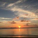 Der perfekte Sonnenuntergang hinter Phi Phi.